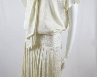 Vintage 80s Does 20s Marc Alexander by Diana Richards Ivory Cream Paisley Brocade Pleated Skirt Beaded Drop Waist Dress Made in Australia