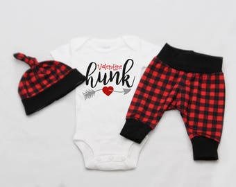 Valentine Hunk,Valentines Newborn Coming Home Outfit, baby boy coming home outfit-Jersey knit Leggings, Knot Hat, and Bodysuit