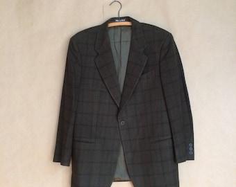 SALE! vintage 90's 1990's GIORGIO ARMANI  suit coat suit jacket sport coat / wool / army green w/ black plaid / mens size 42
