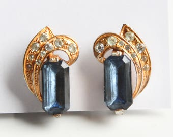 Vintage Art Deco Style Earrings ~  Gold tone w/ Smokey Blue faceted Glass & Rhinestones ~ Stylish Screw back Earrings