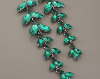 Vintage Inspired Earrings - Emerald Green - Rhinestone Earrings - Long Earrings - Dark Silver Earrings - Party Earrings - handmade jewelry
