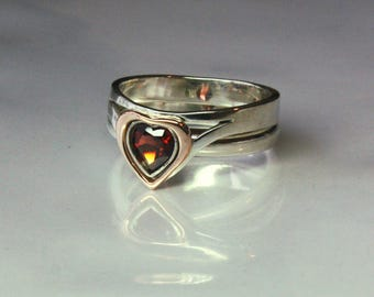 I HOLD you in my HEART forever. Mom, daughter or Big, small sisters rings. Handmade to order. Sterling silver, 14K pink gold, garnet stone.