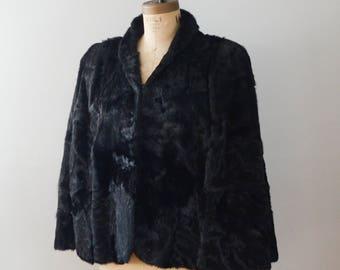 Vintage 1940s Black Lamb Fur Capelet