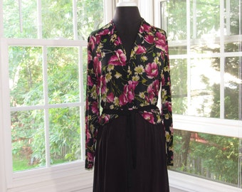 MILESTONE SALE 40% OFF with Coupon, 40s Julius Garfinckel Vintage Long Black Dress with Floral Print Top