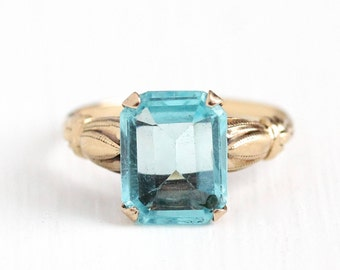 Vintage 10k Rosy Yellow Gold Simulated Aquamarine Ring - 1940s Size 6 1/2 Light Aqua Blue Emerald Cut Glass Stone Esemco Fine Jewelry