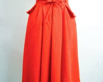1970s Orange pleated pocket day skirt / 70s does 40s wide waistband tie belt day skirt - S
