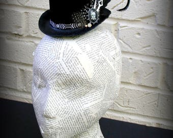 Dapper Skeleton Halloween Fascintor Top Hat