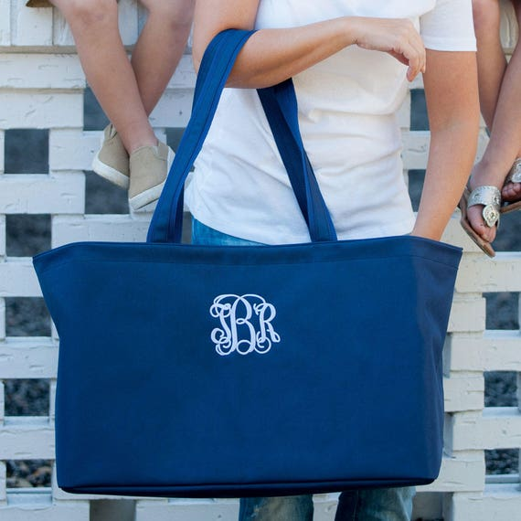 Ultimate Tote in Navy