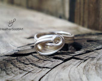 Sterling Silver Wave Ring Size 5.25