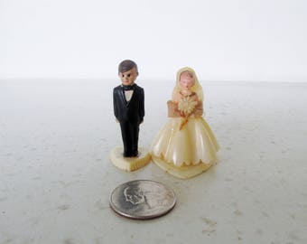 """2"""" Vintage Wedding Cake Topper Small Bride and Groom Plastic Wilton Chicago"""