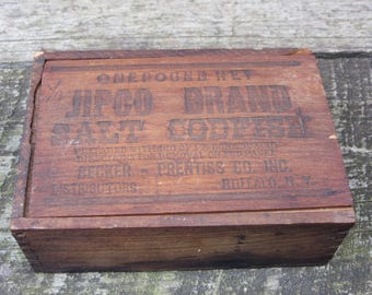 Small Antique Wood Box Jipco Salt Codfish Cod Fish Wood Box Buffalo New York Wooden Sliding Lid Wood Crate Rustic Distressed Keepsake