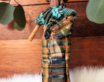VINTAGE Handmade Peruvian Doll Carrying Baby in Papoose