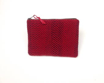 Handwoven Pure Wool Zip Pouch Red Zig Zag