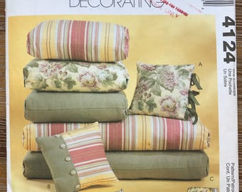 UNCUT Home Decorating Sewing Pattern McCallu0027s 4124 Outdoor Furniture  Pillows, Covers