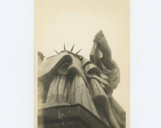 Vintage Snapshot Photo: Liberty, 1946 (711623)