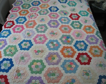 Antique Quilt - 1930s 1940s Quilt - Hand Made Grandmothers Flower Garden Quilt~Feedsack Cotton Prints Hand Quilted