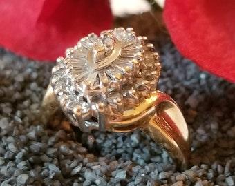 14K Gold Unique 1/2 CTTW Diamond Cluster Ring (st - 2132)