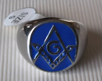 The Square and Compass Masonic Ring