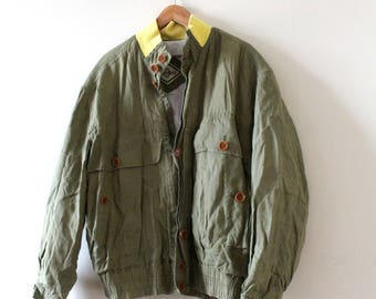 Original 90s Hugo Boss Bomber Jacket. Khaki, Green color with Yellow collar. 100% linen. Size M / L