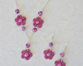 Blooming Pink Flower Necklace and Earring Set