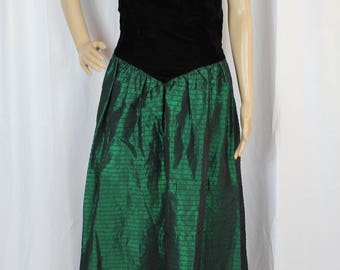 Vintage 80s green and black dress