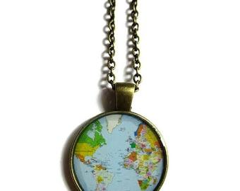 COLLIER SAUTOIR MONDE, carte vintage, collier aventurier, amateur de nature, bijoux carte du monde, voyage, mappemonde