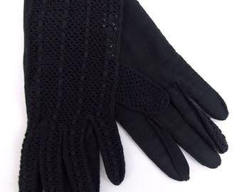 Arts Black Cotton Crochet Short Gloves