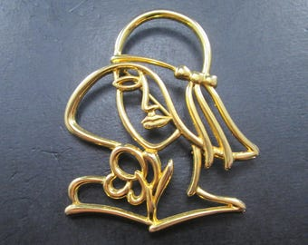 Vintage Gold Tone Woman with Hat and Flower Brooch Pin by JJ Jonette Jewelry Signed 1980's