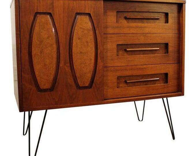 Mid-Century Danish Modern Walnut/Burlwood Hairpin Leg Cabinet/Credenza #123