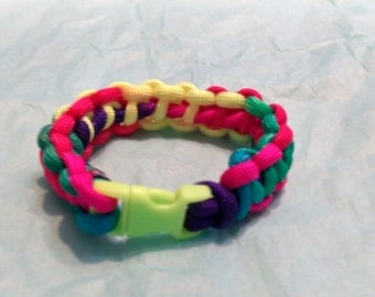 Multi Colored 7.5 inch Paracord Bracelet