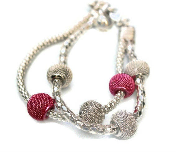 Metal Chain Bracelet with Pink and Silver Color Metal Beads