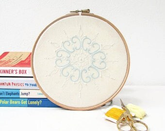 Christmas Embroidery Hoop art, snowflake hand embroidery in white and light blue, Christmas decor, wall hanging, handmade in the UK