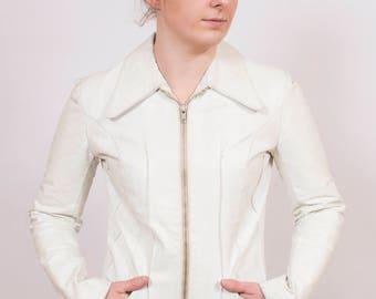 Vintage 1970's White Pleated Leather Jacket 10