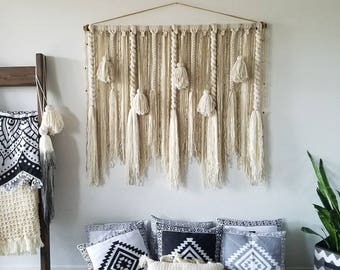 "48""macramé wall hanging/large macrame wall hanging/large woven wall hanging/large yarn wall hanging/large yarn tapestry/Tassel wall hanging/"