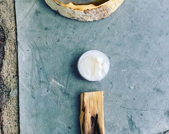 Enfleurage from Palo Santo Smoke. Vegan, organic, handmade, botanical solid perfume. Slow smoke fragrance extraction by hand. Incense scent.