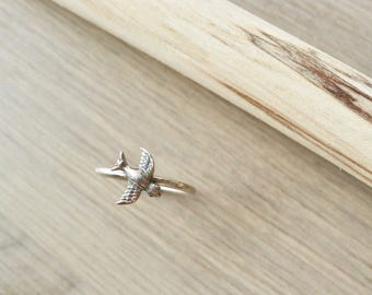 Sparrow Ring, Sterling Silver, Stacking Ring, Minimalist Bird, Tiny Sparrow, Simple, Swallow, Ring, Bird Jewelry, Modern, Sparrow, Baby Bird