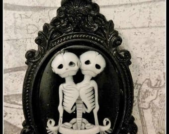 Conjoined Twins Skeleton Cameo Necklace