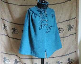 "Turquoise cloak ""Adelaide"", black military decoration, brandenburg, victorian, gothic, wool"