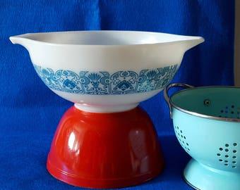 Vintage Pyrex Horizon Blue Cinderella Bowl, 443, 2.5 Quart Nesting Bowl