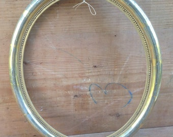 Beautiful oblong wooden 19 th century frame