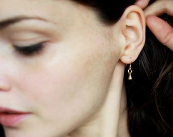 Everyday Gold Earrings Hypoallergenic Gold drop Earrings Everyday Jewelry Dainty Gold Drop Earrings Solid Brass Modern gold Jewelry Minimal