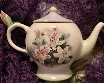 Adorable Lena Liu Teleflora Teapot Featuring Hummingbirds And Lilies,  Teleflora Gift Hummingbird Teapot Collectible Teapot Lena Liu