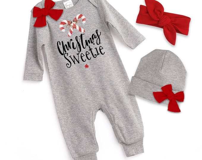 Baby Girl Christmas Outfit, Newborn Christmas Romper, Baby Girl Christmas Onesie, Winter Baby Romper, Candy Cane, Baby Red Bow Tesababe