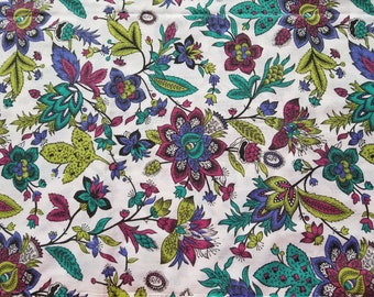 Vintage Floral Cotton fabric-Quilting fabric-Cotton Quilt-Cottage chic fabric-dress fabric-Craft Floral fabric Sold by the 1/2 Yard