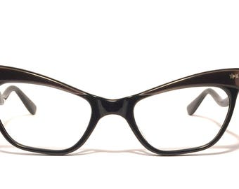 Vintage eyewear. Cat eye. Made in France 1950's. Gloss brown brow on gloss black frame. Unique temple style! Excellent quality! Hip Cool!