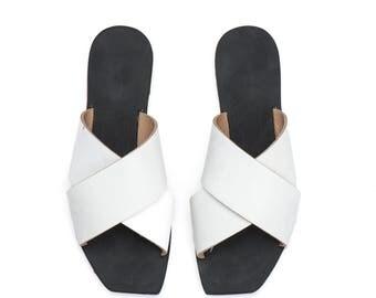 Women Leather Sandals / White Flat Shoes / Clogs / Slip On Shoes / Mules / Flip Flops / Summer Open Shoes - Peep Toe Designer Sandals - X