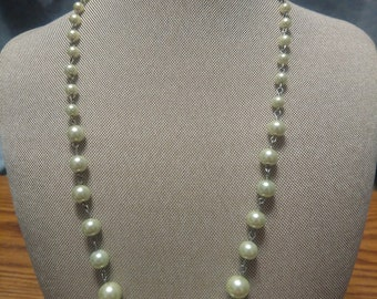 Green Glass Pearls Necklace