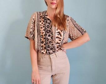 Slouchy/Oversized 90s Leopard Print Short Sleeve Blouse