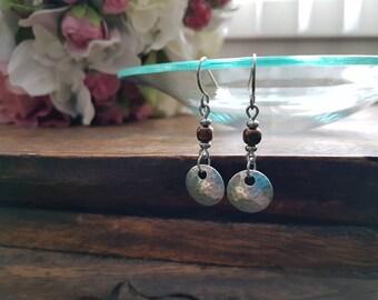 Earrings in .925 sterling silver and steel rug