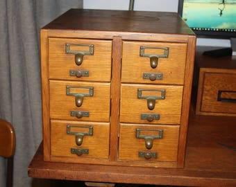 Antique Gaylord Bros 6 drawer oak file cabinet / card catalog -- 3.5 x 5 card size - Dovetailed